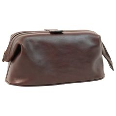 Beauty case in pelle. Marrone Scuro