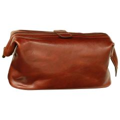 Leather Beauty Case. Brown